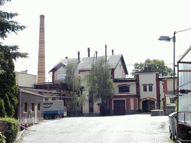 benešov-autor-M.-Kostov-květen-2002-04