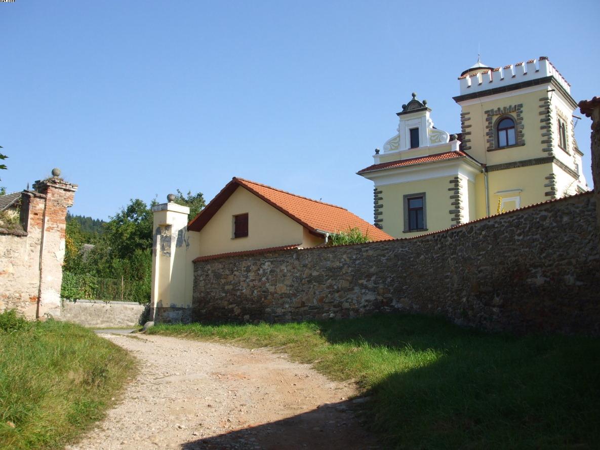 Bolechovice-autor-Jiří-Pertlík-září-2011-18