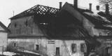 Jimramov-v-roce-1941-hořela-část-–-sladovna-–-v-té-době-sklad-poličského-piva-varna-je-za-štítem