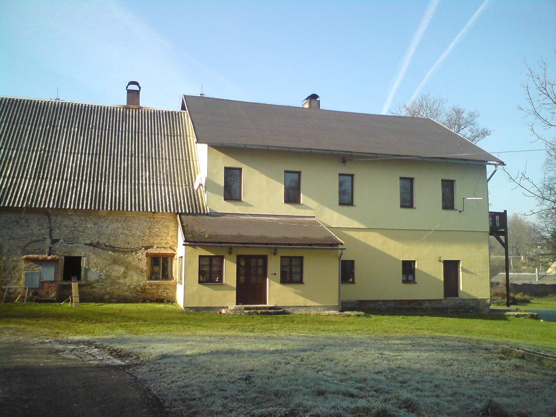 Újezd-Sv.-Kříže-autor-Luděk-Gasseldorfer-říjen-2011-09